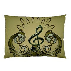 Decorative Clef With Damask In Soft Green Pillow Cases