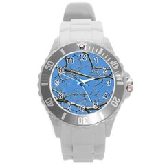 Leafless Tree Branches Against Blue Sky Round Plastic Sport Watch (L)