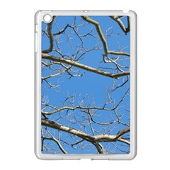Leafless Tree Branches Against Blue Sky Apple iPad Mini Case (White)