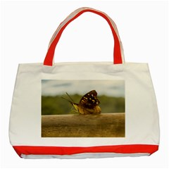 Butterfly against Blur Background at Iguazu Park Classic Tote Bag (Red)