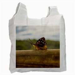 Butterfly against Blur Background at Iguazu Park Recycle Bag (Two Side)