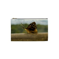 Butterfly against Blur Background at Iguazu Park Cosmetic Bag (Small)