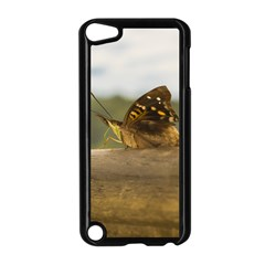 Butterfly against Blur Background at Iguazu Park Apple iPod Touch 5 Case (Black)