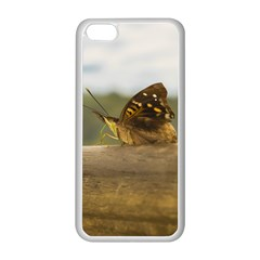 Butterfly against Blur Background at Iguazu Park Apple iPhone 5C Seamless Case (White)