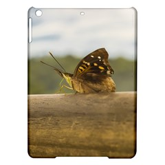 Butterfly against Blur Background at Iguazu Park iPad Air Hardshell Cases