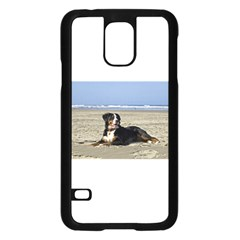 Bernese Mountain Dog Laying On Beach Samsung Galaxy S5 Case (Black)