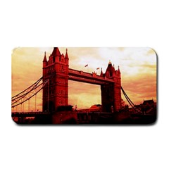 London Tower Bridge Red Medium Bar Mats