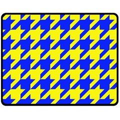 Houndstooth 2 Blue Double Sided Fleece Blanket (medium)