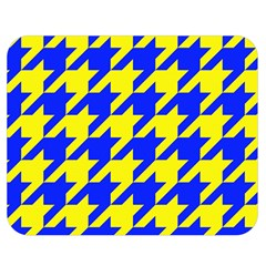 Houndstooth 2 Blue Double Sided Flano Blanket (medium)