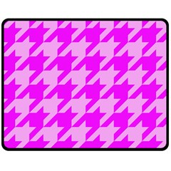 Houndstooth 2 Pink Double Sided Fleece Blanket (Medium)