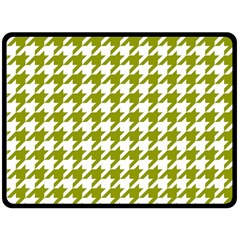 Houndstooth Green Double Sided Fleece Blanket (large)