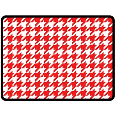 Houndstooth Red Fleece Blanket (large)