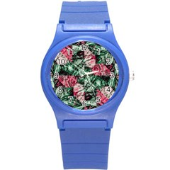 Luxury Grunge Digital Pattern Round Plastic Sport Watch (S)