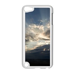 HEAVEN RAYS Apple iPod Touch 5 Case (White)