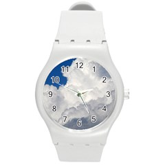 BIG FLUFFY CLOUD Round Plastic Sport Watch (M)