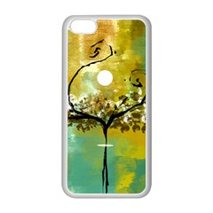 She Open s To The Moon Apple Iphone 5c Seamless Case (white)