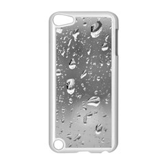 WATER DROPS 4 Apple iPod Touch 5 Case (White)