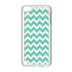 Chevron Pattern Gifts Apple iPod Touch 5 Case (White)