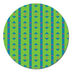 Arrows and stripes patternMagnet 5  (Round)