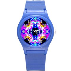 Animal Design Abstract Blue, Pink, Black Round Plastic Sport Watch (S)