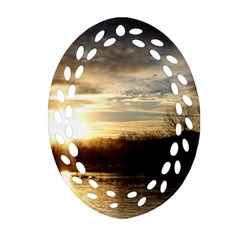 SETTING SUN AT LAKE Oval Filigree Ornament (2-Side)