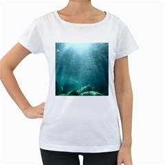 CRATER LAKE NATIONAL PARK Women s Loose-Fit T-Shirt (White)