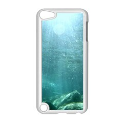 CRATER LAKE NATIONAL PARK Apple iPod Touch 5 Case (White)
