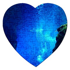 UNDERWATER TRENCH Jigsaw Puzzle (Heart)