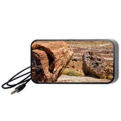 PETRIFIED DESERT Portable Speaker (Black)