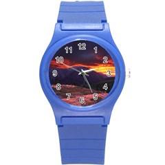 SAN GABRIEL MOUNTAIN SUNSET Round Plastic Sport Watch (S)