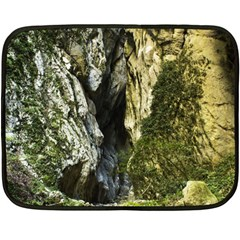 MOUNTAIN PATH Fleece Blanket (Mini)