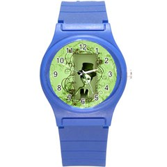 Cute Girl With Steampunk Hat And Floral Elements Round Plastic Sport Watch (S)