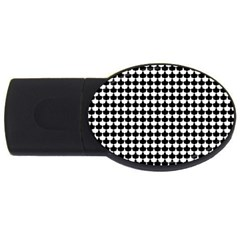 Black And White Scallop Repeat Pattern USB Flash Drive Oval (2 GB)