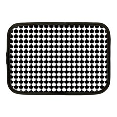 Black And White Scallop Repeat Pattern Netbook Case (Medium)