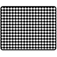 Black And White Scallop Repeat Pattern Fleece Blanket (medium)