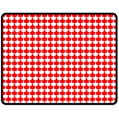 Red And White Scallop Repeat Pattern Fleece Blanket (Medium)
