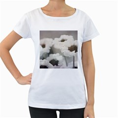 BLACK AND WHITE FLOWER Women s Loose-Fit T-Shirt (White)