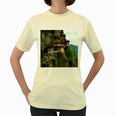 PARO TAKTSANG Women s Yellow T-Shirt