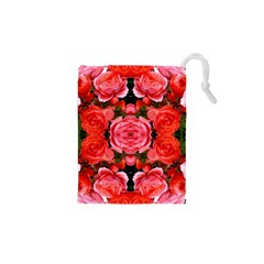 Beautiful Red Roses Drawstring Pouches (xs)