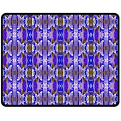 Blue White Abstract Flower Pattern Fleece Blanket (medium)