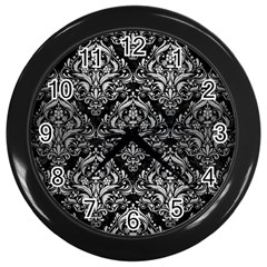 Damask1 Black Marble & Silver Brushed Metal Wall Clock (black)