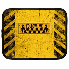 FOLLOW ME used look Netbook Case (XL)