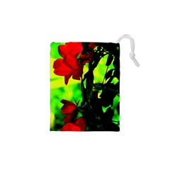 Red Roses And Bright Green 3 Drawstring Pouches (xs)