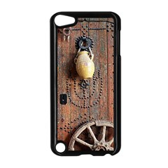 Oriental Wooden Rustic Door  Apple Ipod Touch 5 Case (black)