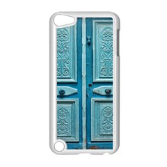 Turquoise Oriental Old Door Apple iPod Touch 5 Case (White)