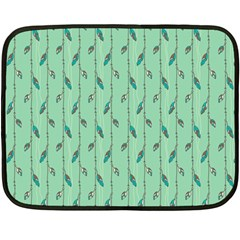 Seamless Lines And Feathers Pattern Fleece Blanket (Mini)