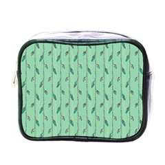 Seamless Lines And Feathers Pattern Mini Toiletries Bags