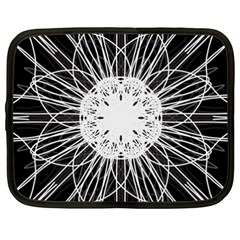 Black And White Flower Mandala Art Kaleidoscope Netbook Case (xxl)