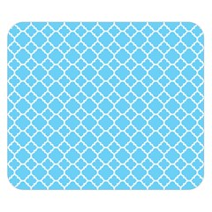 Bright Blue Quatrefoil Pattern Double Sided Flano Blanket (small)