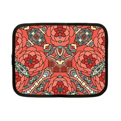 Petals in Pale Rose, Bold Flower Design Netbook Case (Small)